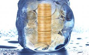 相続した銀行預金の名義変更手続き|預金口座凍結を解除するには?
