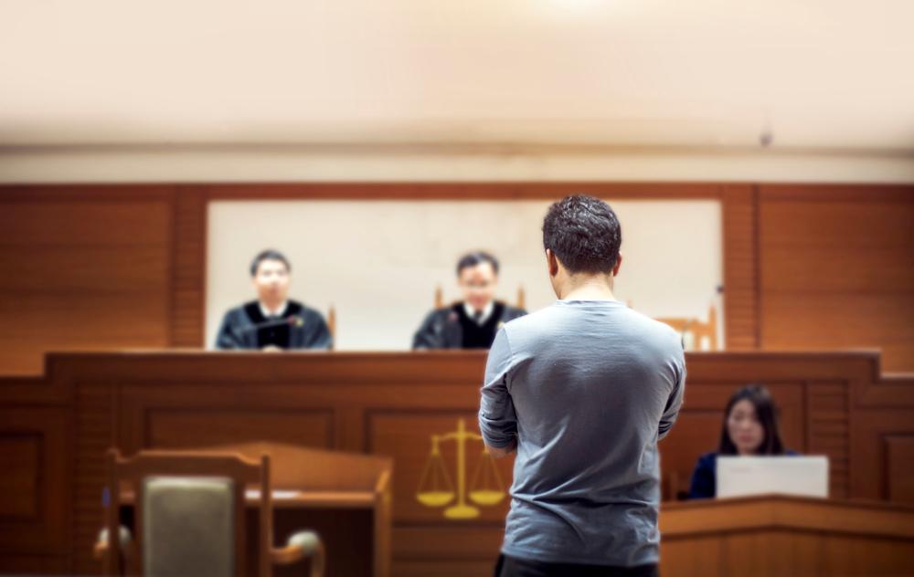 刑事訴訟に参加できる人