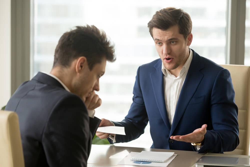 会社がやめさせてくれないのは違法?会社がやめさせてくれない場合に知っておくべき5つのこと