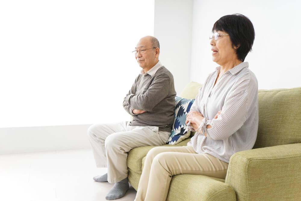 熟年離婚の末路を徹底解説! 離婚前に考えることや回避策も紹介