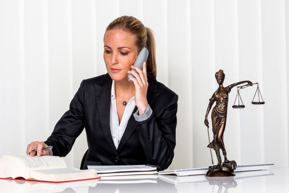 労働環境に問題がある場合は弁護士へ相談を