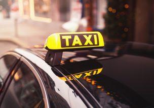 タクシーの事故に巻き込まれたら毅然と対応を!必要な対応などを弁護士が徹底解説