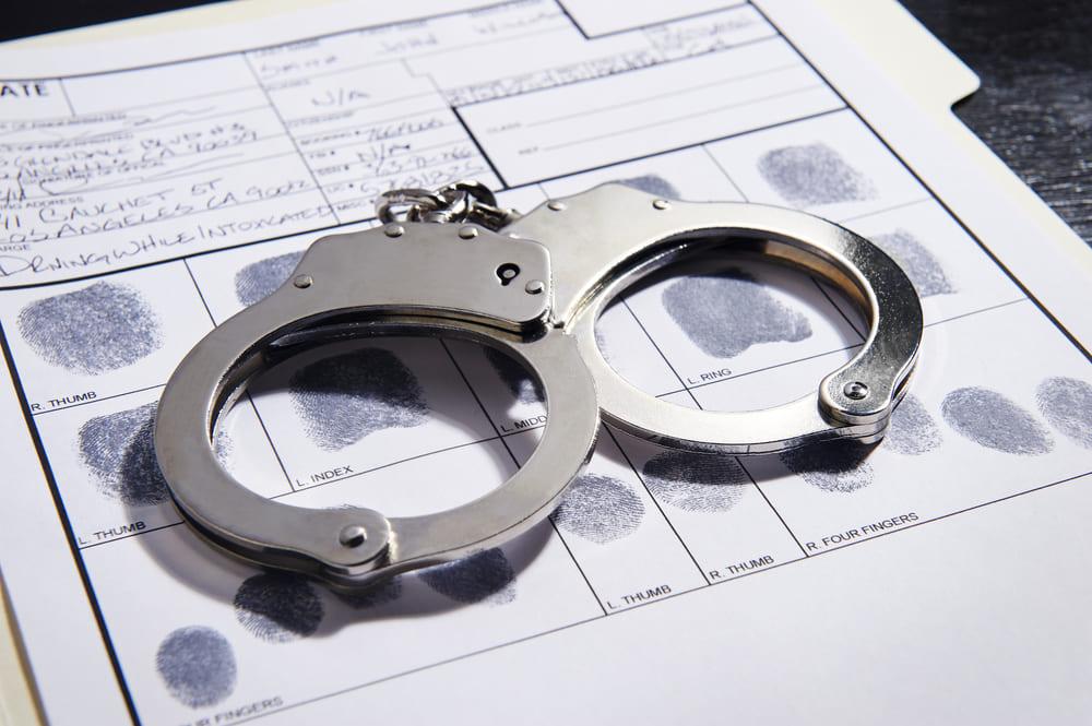 恐喝罪とは?|逮捕されるケースと逮捕された場合の手続きの流れについて徹底解説!