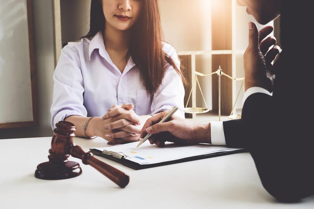 在宅起訴とは?|在宅事件における手続きの流れと在宅起訴となる条件について