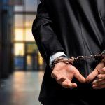 逮捕後の人生はどうなる?逮捕回避の方法、逮捕された場合の対処法を解説