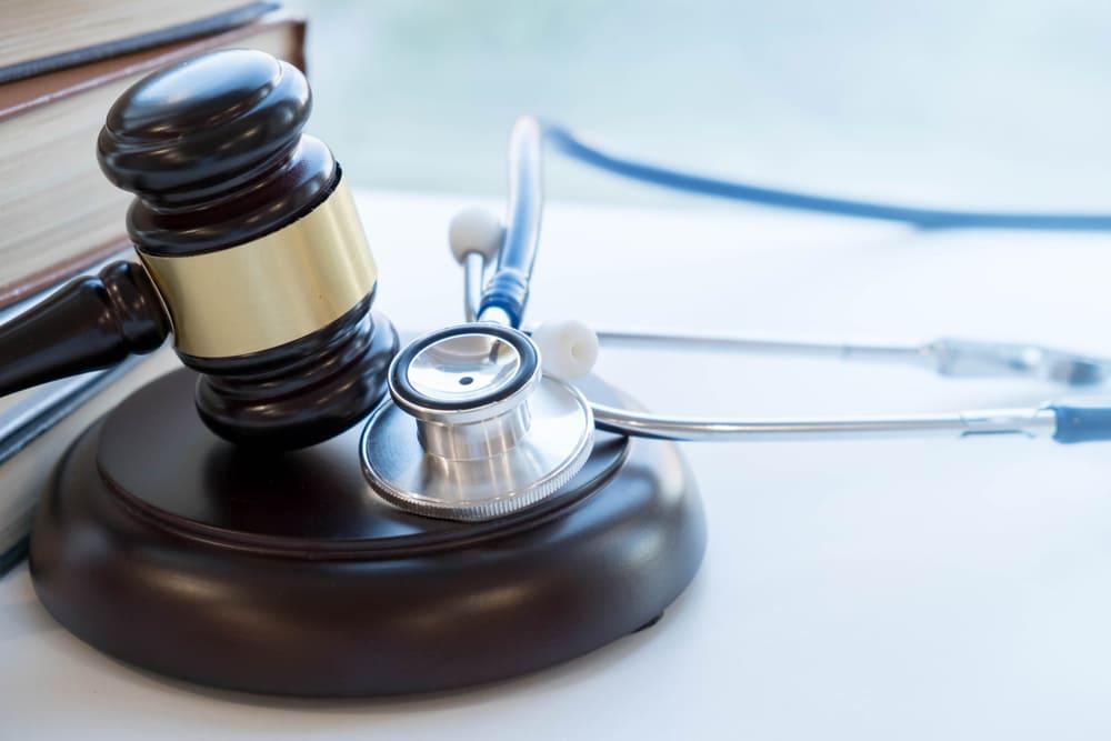 医師の未払い残業代に関するトラブルは弁護士に相談