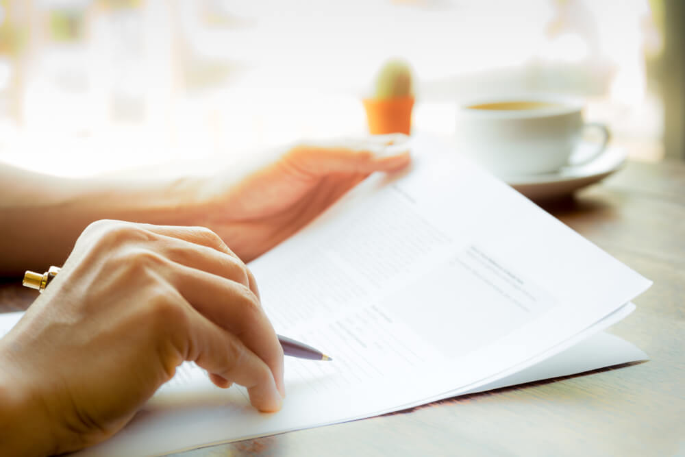 名義変更の必要書類と手続きについて