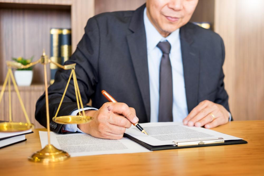 相続のことで不安があるときには、早めに弁護士にご相談ください