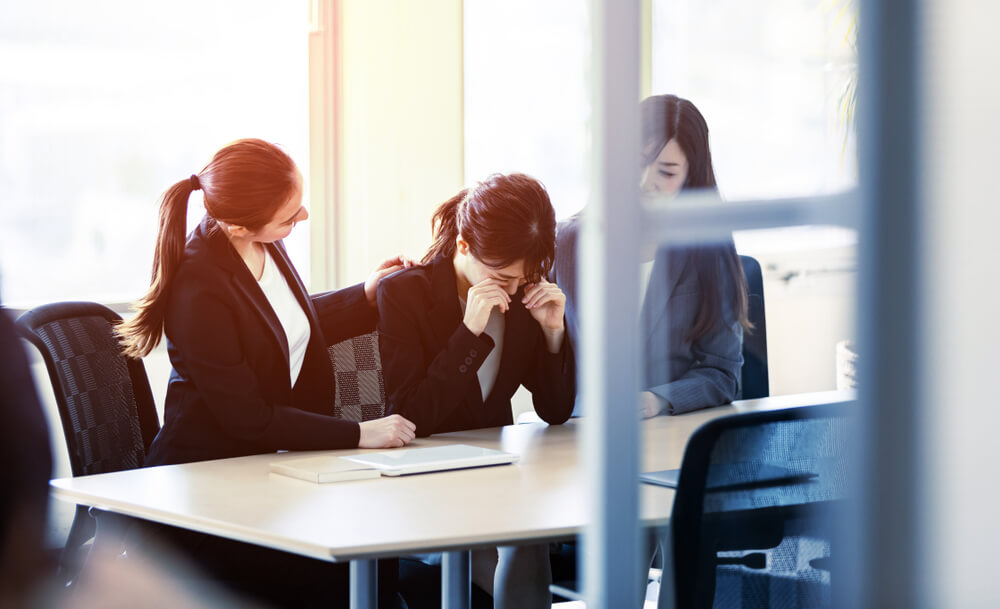 仕事をやめたい新卒は多い!明るい未来に進む方法を解説
