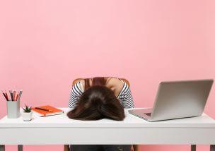 仕事をやめたい新卒は多い!明るい未来に進むためのポイント6つ