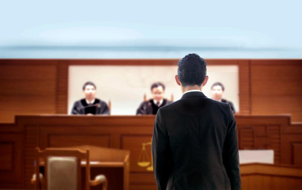 交通事故の賠償問題を示談または裁判で解決する流れ