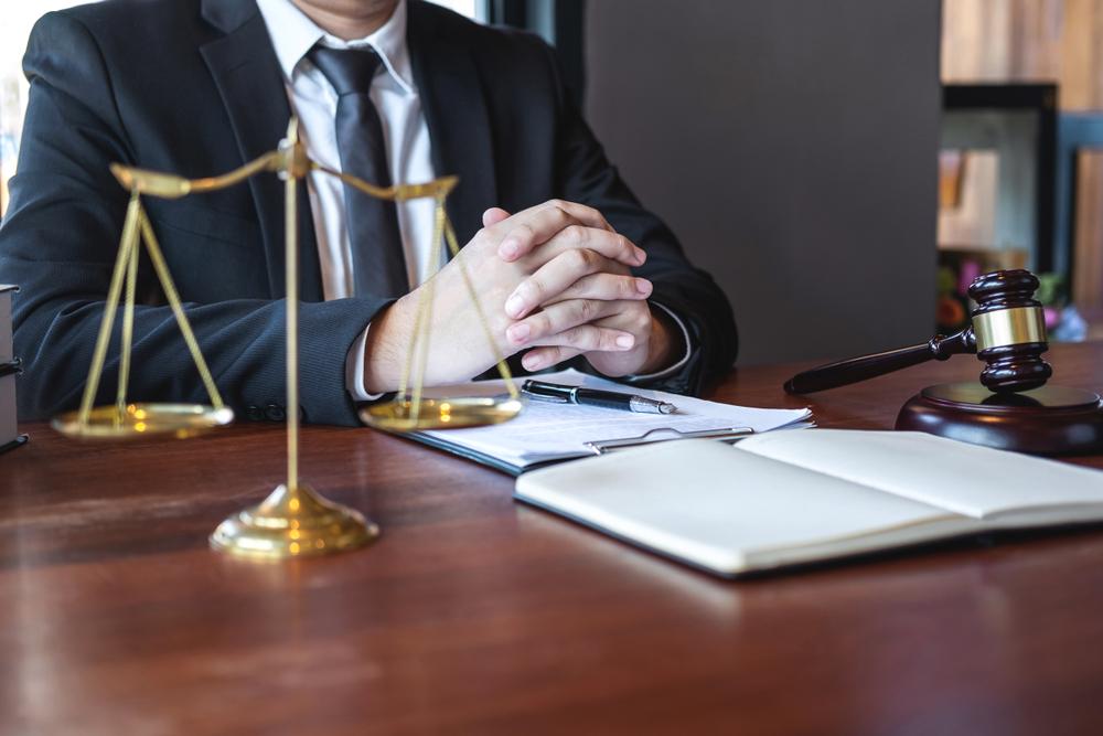 妻のトリセツでも夫婦関係が修復されない場合には弁護士に相談
