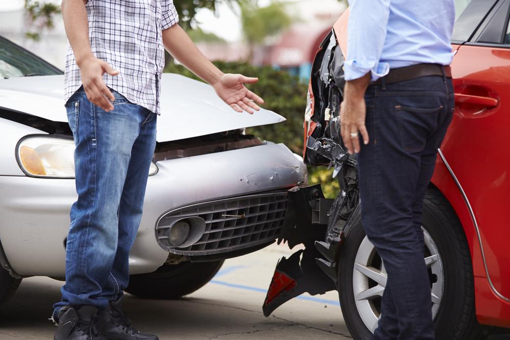 交通事故の過失割合が10対0になるケースの例