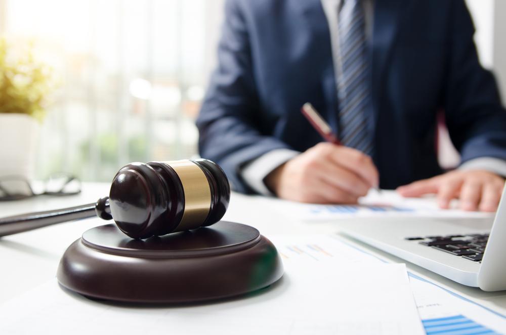 交通事故を有利に解決するためには弁護士に相談を