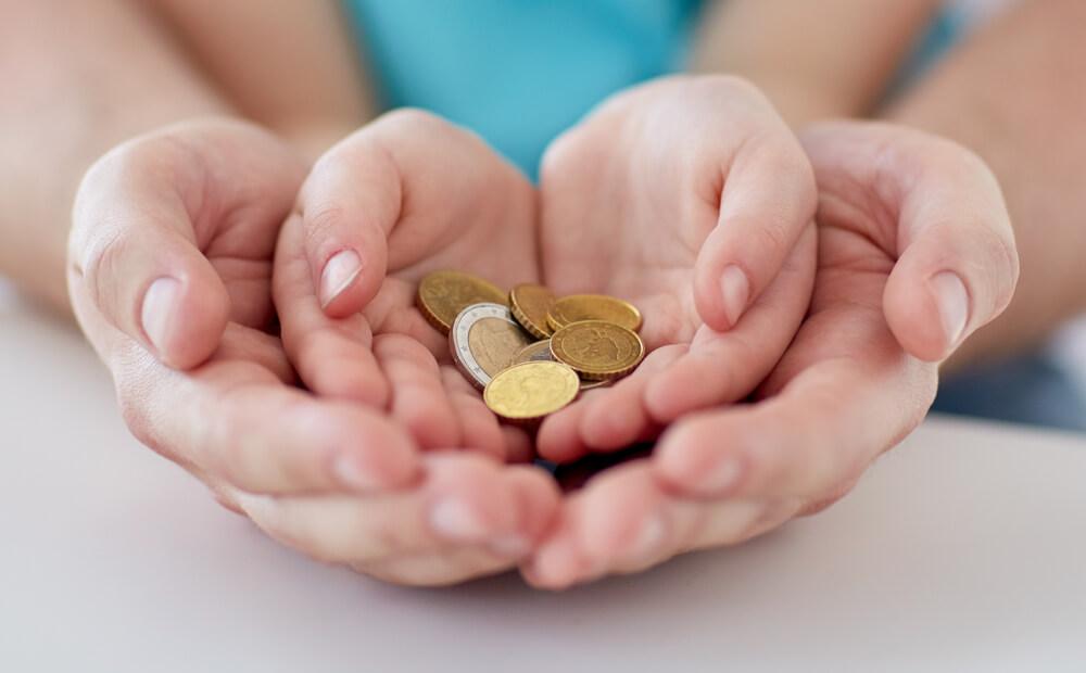 遺族(補償)年金の受給資格者〜誰がもらえるの?