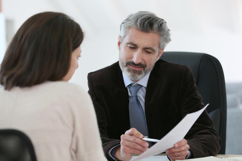 会社等へ損害賠償請求をしたい場合は弁護士へ相談を