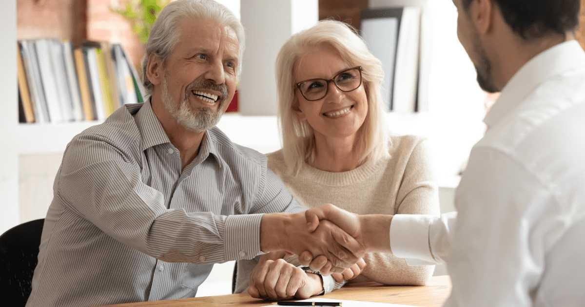 生前贈与を行う前に専門家の助言を受けておくべき2つのこと