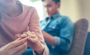 生活費を入れない経済的DV夫と離婚できる?離婚する場合どうなる?