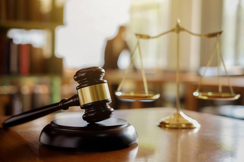 離婚調停を自分でするか弁護士に依頼するかを判断する基準