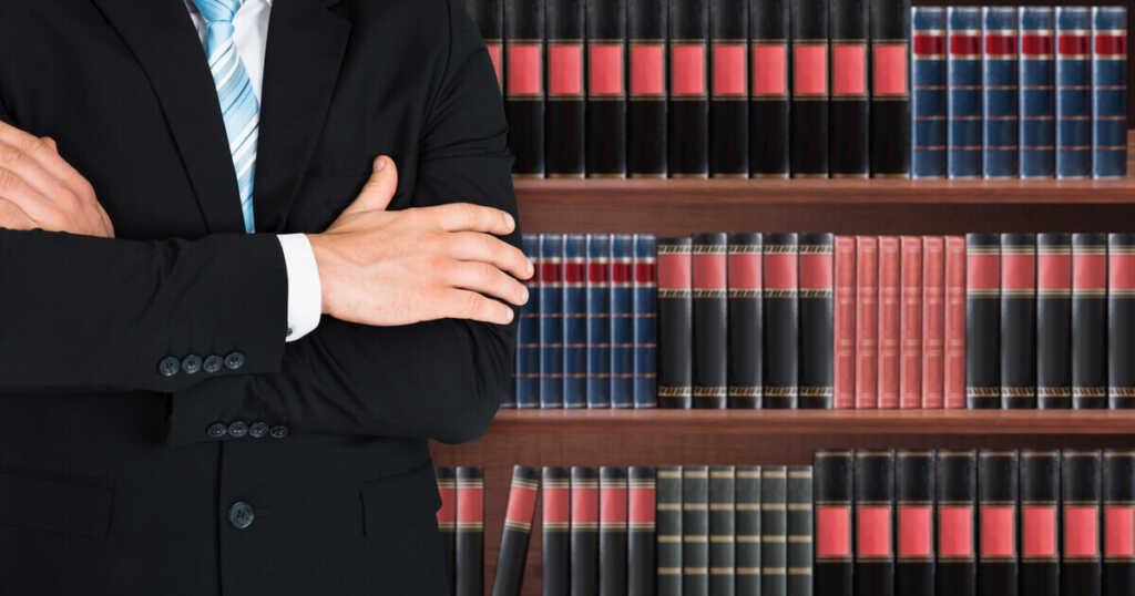 むち打ちでしびれが残ったときに弁護士に依頼するメリット