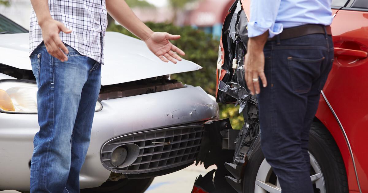 交通事故にあったらすぐやるべき7つのこと