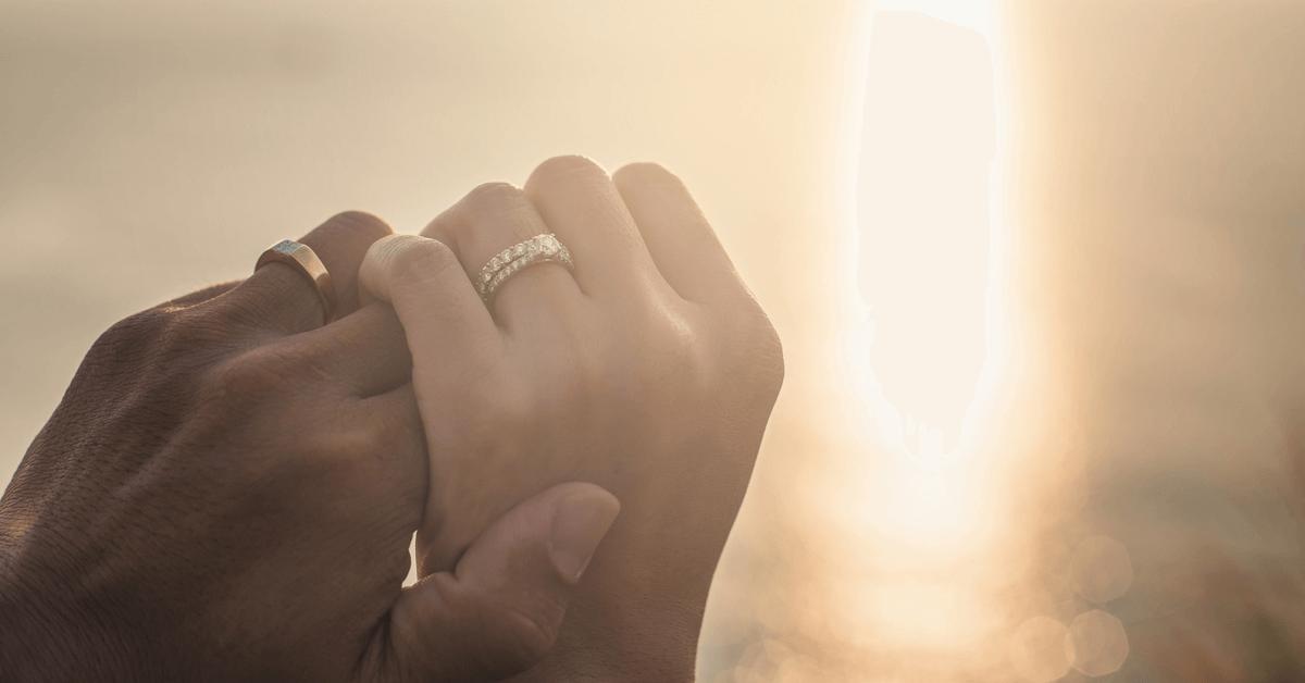 多くの人を愛する夫でも「妻」としての地位は特別