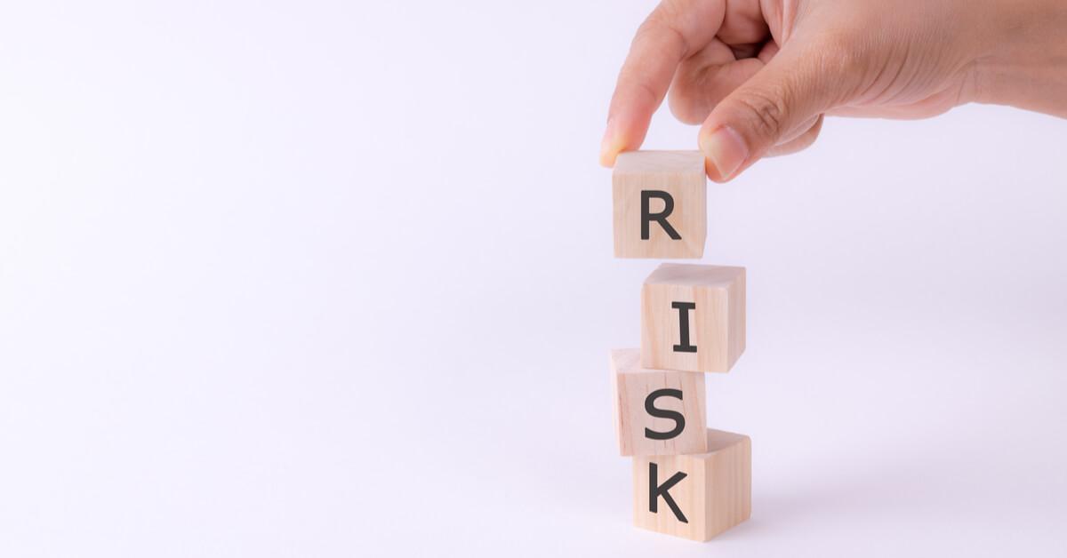 悪質業者と関わることによって生じるリスク