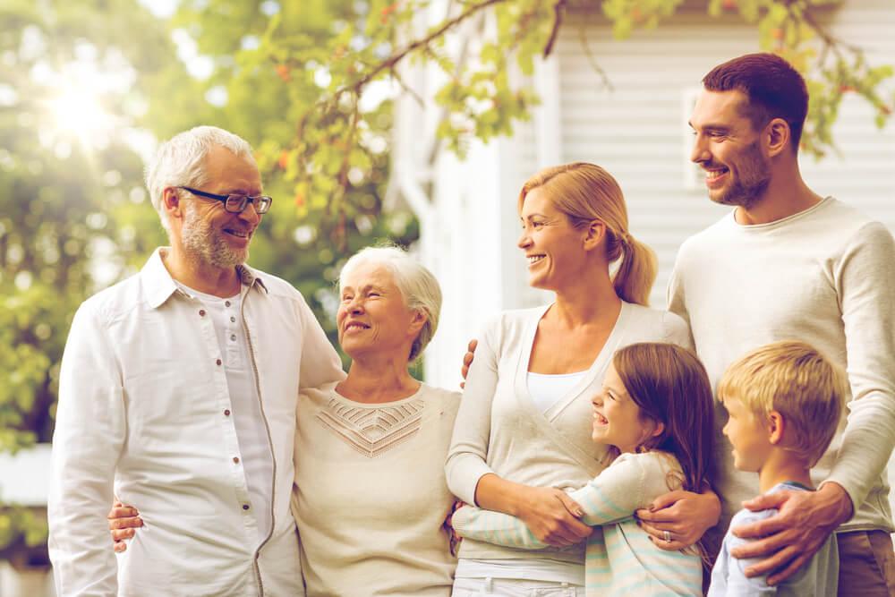 高齢者ドライバーによる交通事故をなくすために家族ができることとは