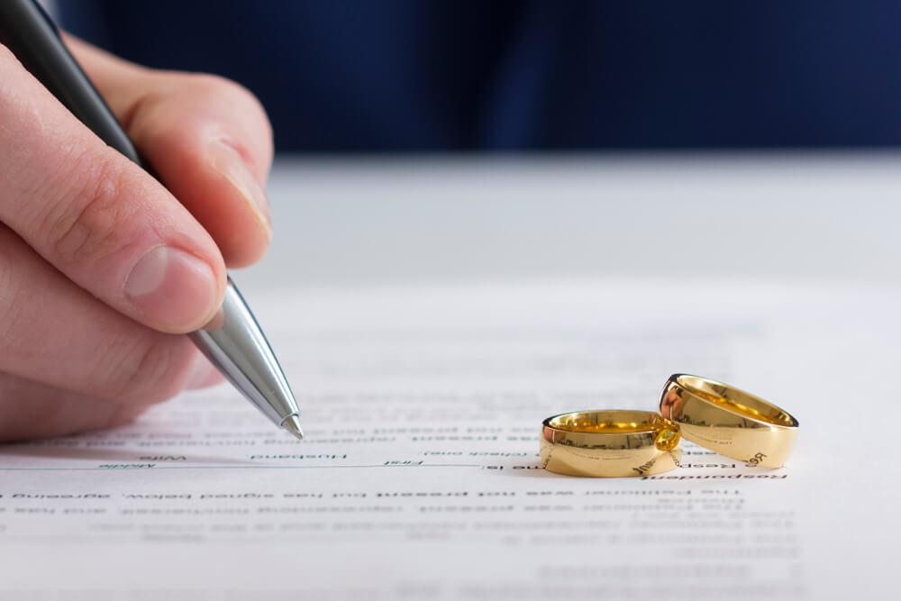 離婚届の書き方・出し方