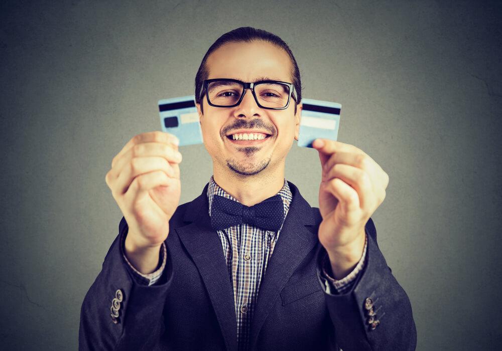 自己破産すると借金はどうなる?