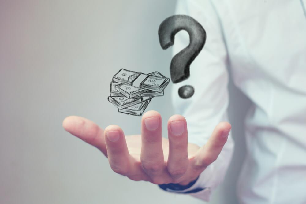 自己破産すると今後一切借金できなくなる?