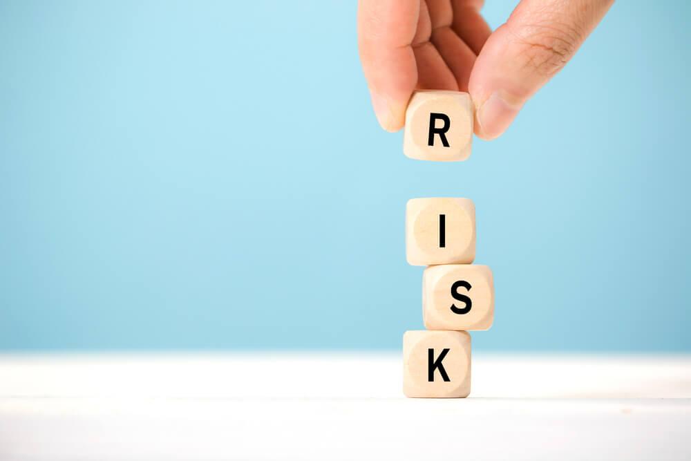 任意整理中に借入をする3つのリスク