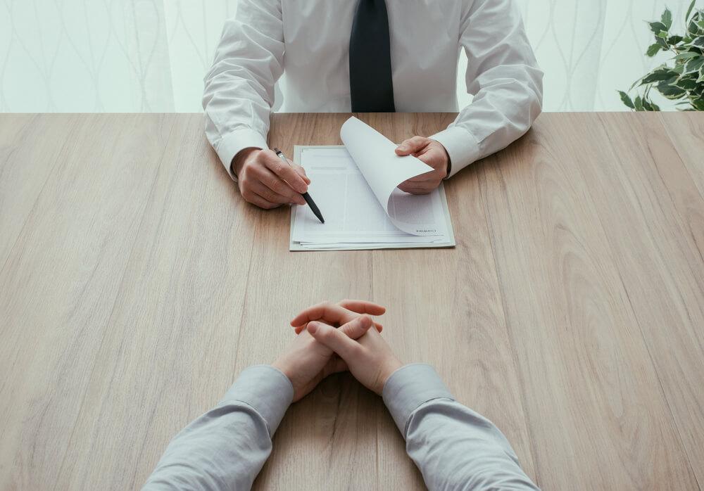 破産管財人との面談では何を聞かれる?