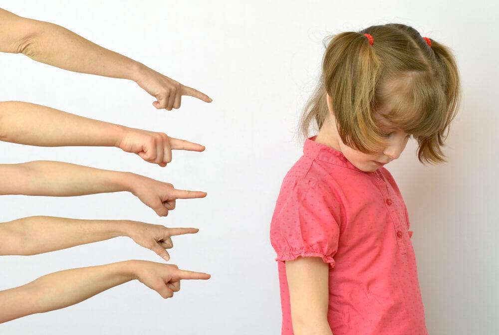 なぜいじめは起こる?いじめをなくすための対応策とは