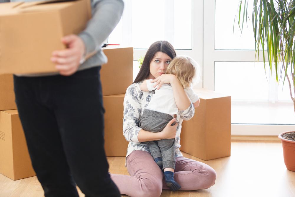 産後クライシスになったら別居すべき?