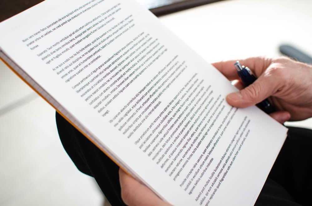 消費者契約法に基づいて無効になる契約条項とは