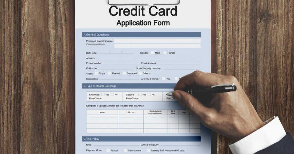 クレジットカードを作る方法