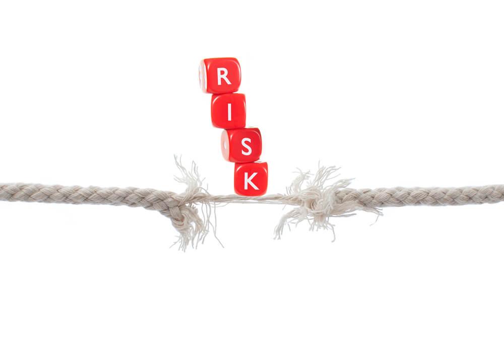 クレジットカードの支払いを滞納したときに生じる6つのリスク
