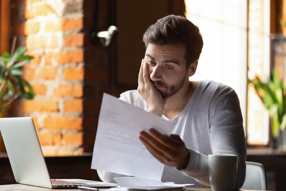 クレジットカードの滞納はいつまでに解消すればセーフ?