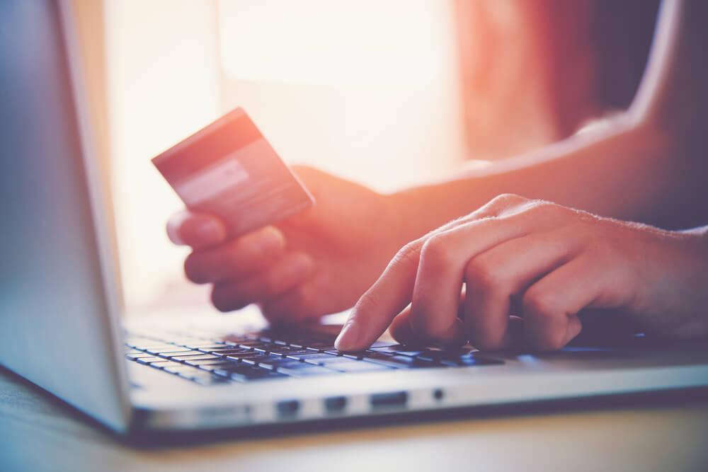 クレジットカードを滞納してもカード会社に相談すれば待ってもらえる?