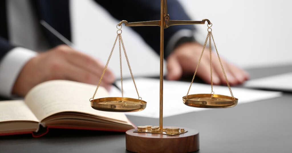 刑事事件の示談は弁護士に依頼した方がいい?弁護士に依頼するメリットは?