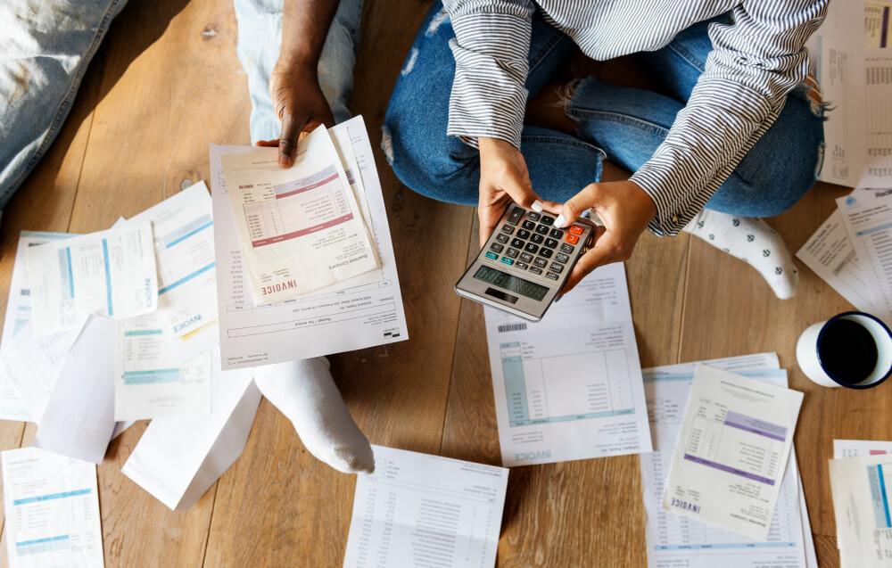 借金取りは厳しい?貸金業者による取り立ての流れ