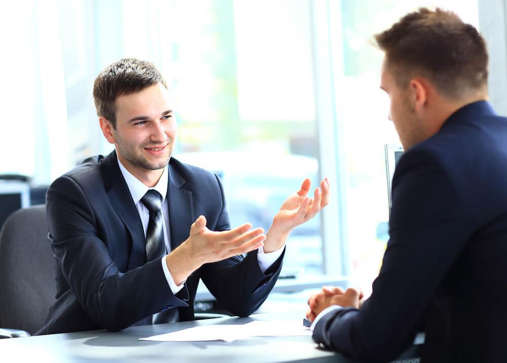 解雇が適法となる状況ではなくても辞めさせたいのであれば話し合い!