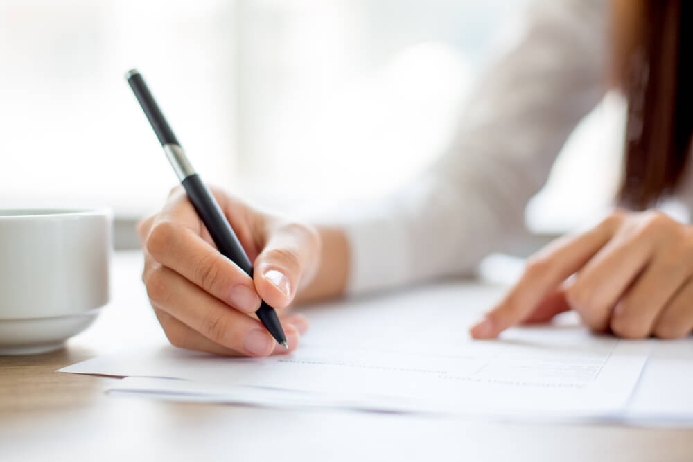 離婚届の書き方と必要書類について