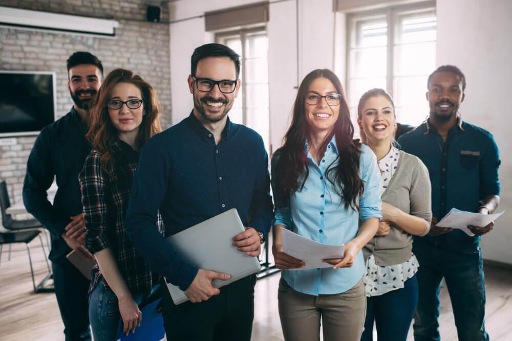 雇用保険と社会保険について知る|適用事業所の従業員は必ず加入しなければならない?