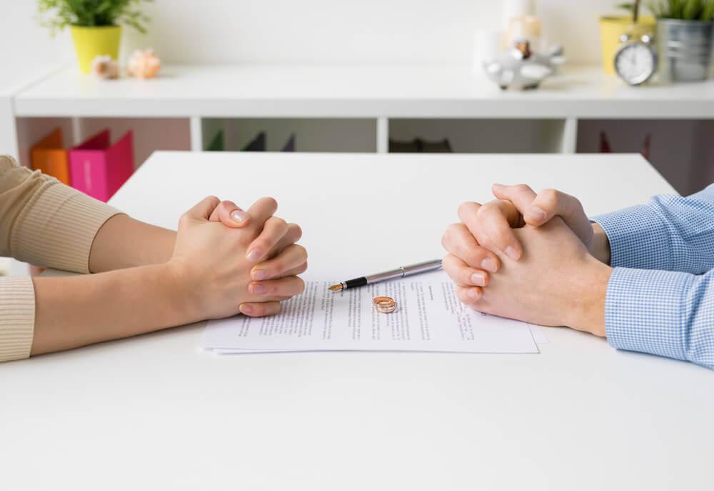 一緒にやっていけない場合は離婚を選ぶのもひとつの方法