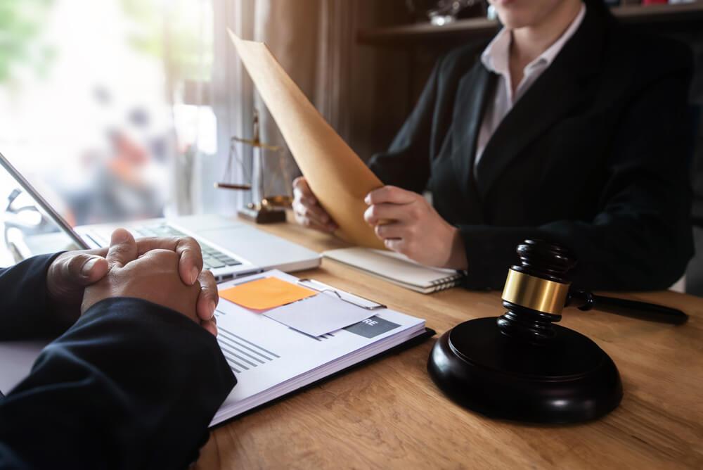有給休暇についてトラブルになりそうなときは弁護士へ相談を