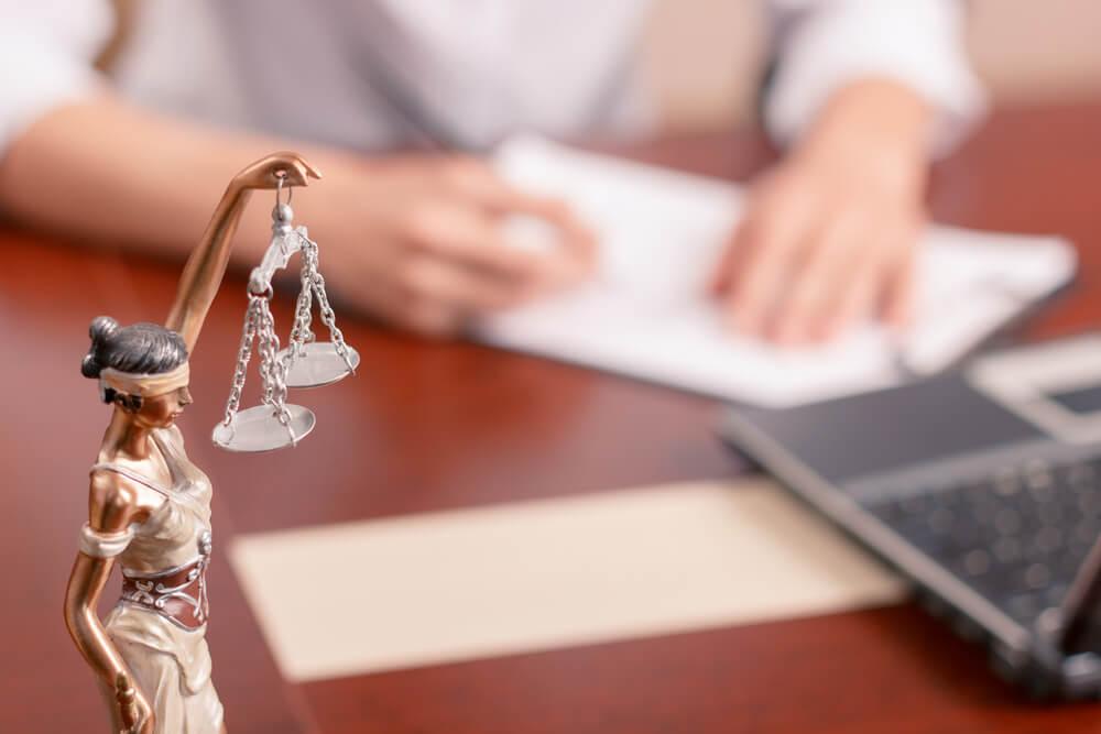 法テラスが提供している民事法律扶助制度とは?