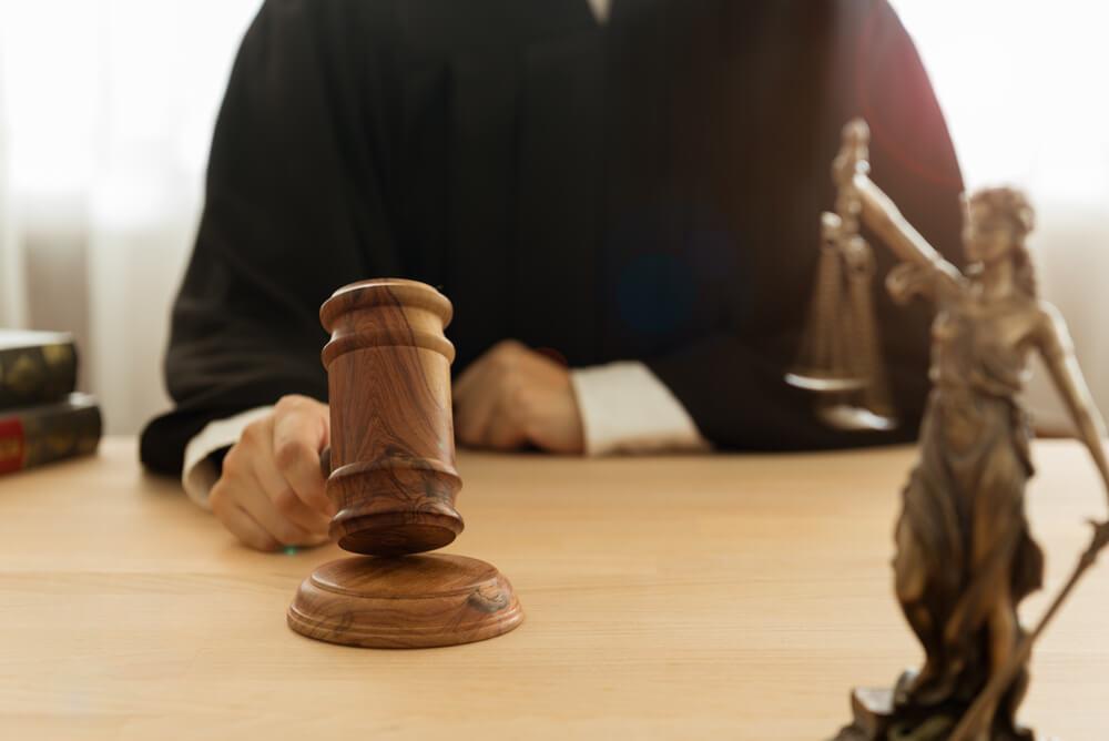 裁判員制度とは国民が刑事裁判に参加する制度