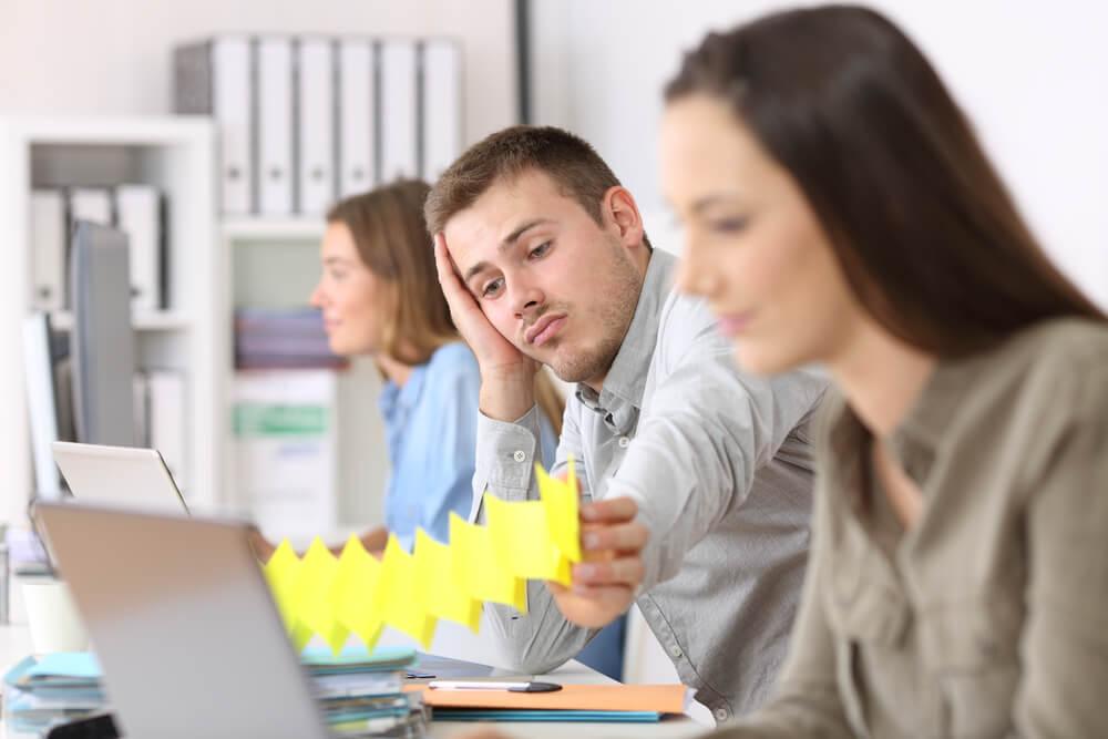 長時間労働が発生する原因ランキング